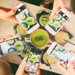 Social media marketing for bars using influencers
