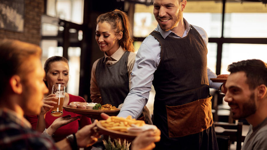 Happy waiters increase restaurant sales