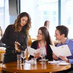 Restaurant customer service engagement