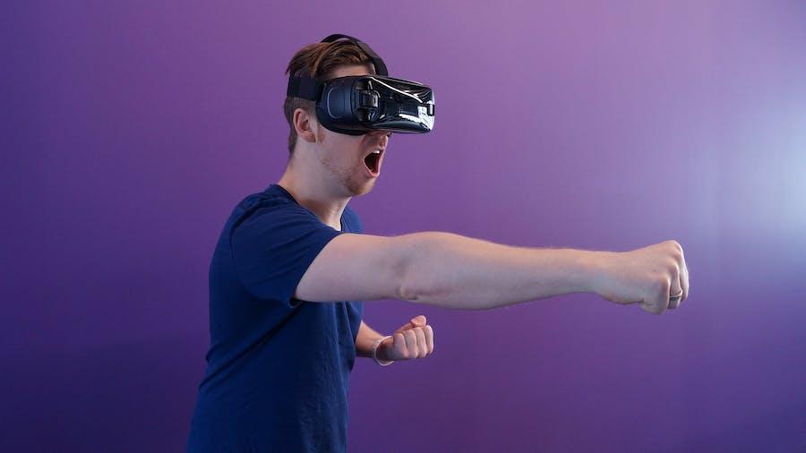 Virtual Reality Venue Technology