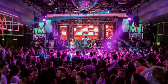 How to Increase Venue Sales and Bookings: 4 Top Tips